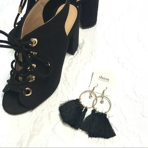 Jewelry - NWT Black & Gold Hoops with Tassels